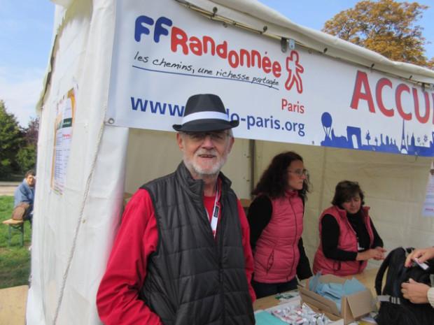 「ランドネ愛好家は自然を愛する育ちの良い 人が多い」とランドネ協会会長のダニエルさん
