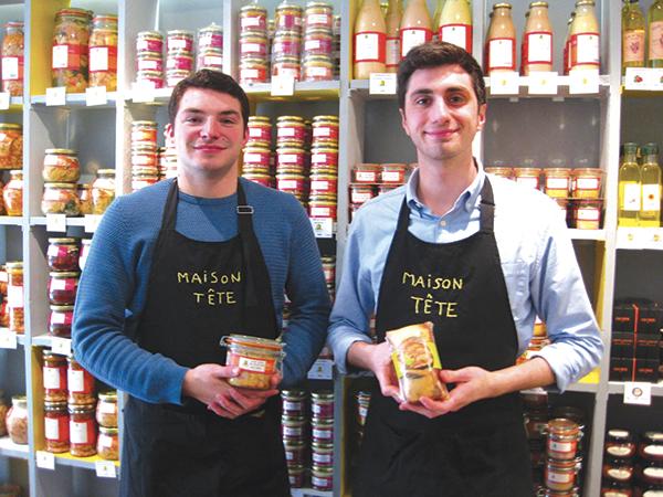 経営者のマルタンさん(左)とその片腕ヴィヴィアンさん。