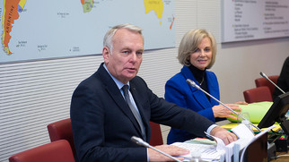 jean-marc-ayrault-audition-de-la-commission_slide_half