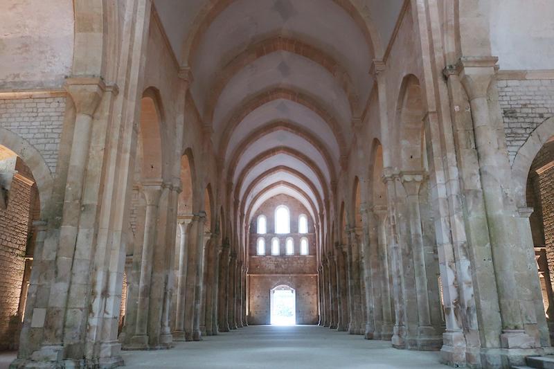 ユネスコ世界遺産、フォントネー修道院。