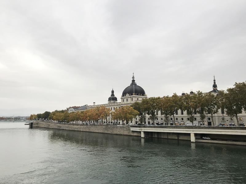 E Halles Grand Hôtel-Dieu