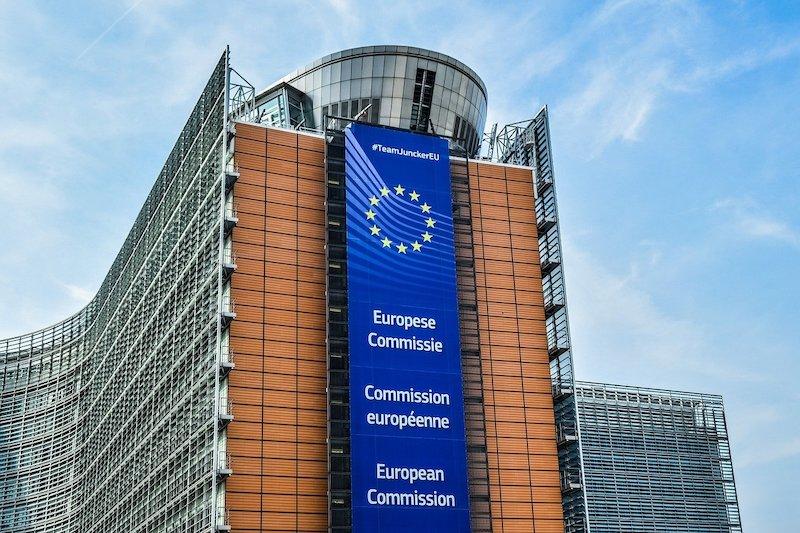 ユーロ圏6.8%マイナス成長