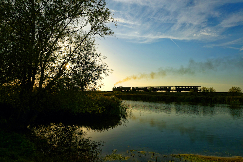 北フランスを走る、蒸気機関車。