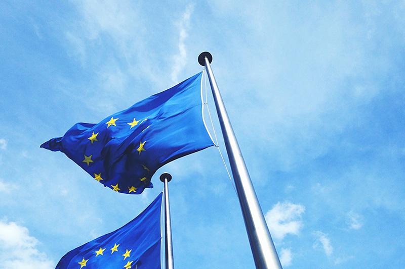 米EU、報復関税停止合意